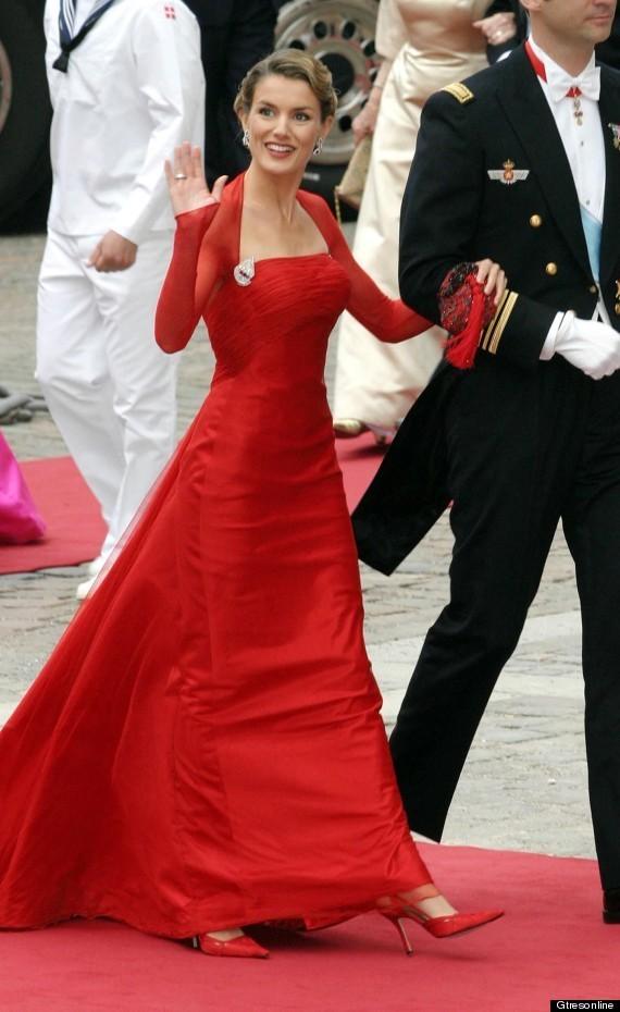 princesa-letizia-look-boda-real-dinamarca.jpg