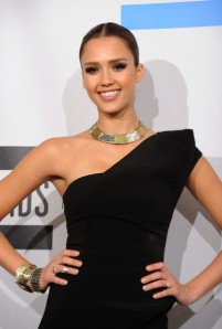 Jessica-Alba-American-Music-Awards
