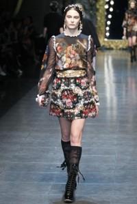 dolcegabbana-otonoinvierno-2012-2013-falda-de-estampado-floral