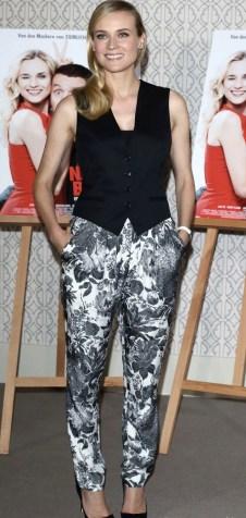 slr_steal_her_style_diane_kruger_stella_mccartney_printed_pants