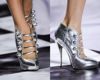 Viktor-Rolf-Top-Zapatos-Primavera-Verano2013-Paris-Fashion-Week-mpigodu