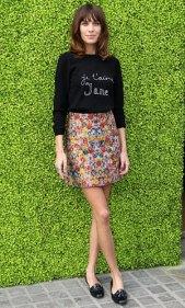 celebs_wearing_prints_alexa_chung