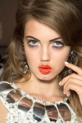 hbz-makeup-trend-ss13-lashes-Moschino-lgn-1