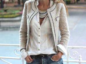 chaquetas-de-tweed-verano-2012-modelo-en-tono-claro