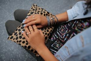 moda-muchos-anillos