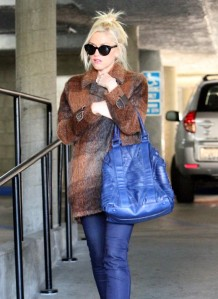 Gwen Stefani Keeps Busy In Brentwood