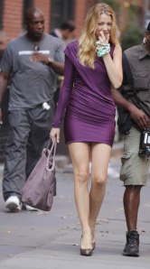 Blake Lively and Chace Crawford on 'Gossip Girl' set