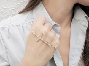cross-palm-cuff