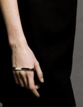 metal-palm-cuff