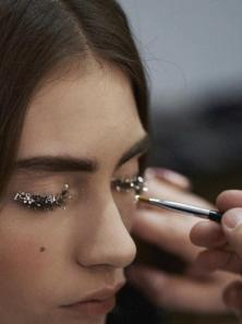 shine-bright-like-chanel-fallwinter-2013-2014-L-R8jsse