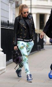 cara-delevingne-london-zoe-karssen-paradise-pants