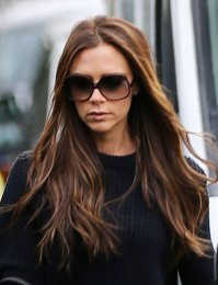 Victoria-Beckham-wore-sunglasses-while-out-London