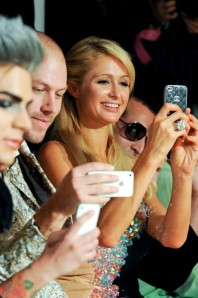 movil-paris-hilton
