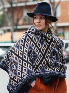 blanket-scarf-milan-fashion-week-street-style