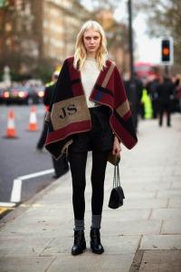 model-off-duty-street-style-burberry-fall-winter-14-monogram-blanket-cape-lfw-1