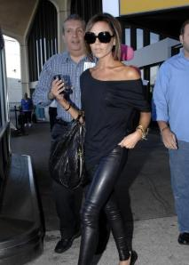 victoria-beckham-in-leather-pants